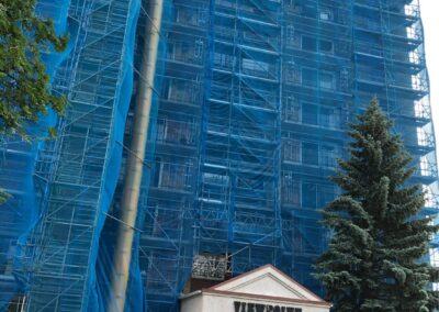 King Scaffolding Edmonton garbage chute and debris netting