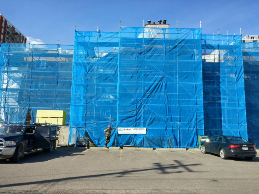 King Scaffolding Shored Scaffold With Debris Net Alberta